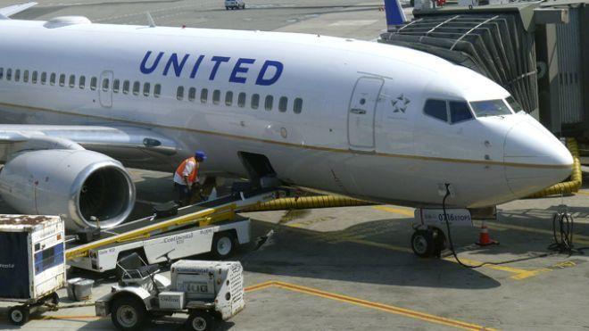 3 Maskapai Penerbangan Ini Mengejek United Arlines di Twitter